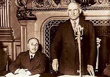 Robert Schuman et Jean Monnet, à l'heure fatidique qui crée l'Europe